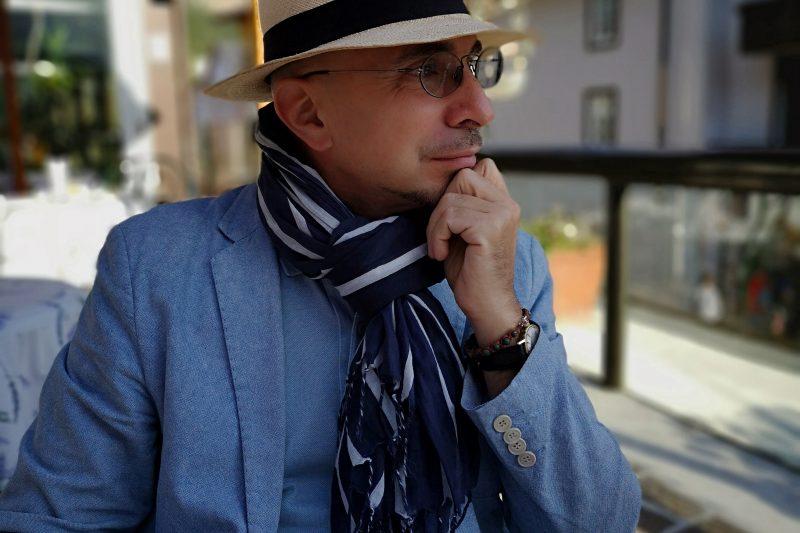 """""""Pizzicato"""" lo scrittore Niky Marcelli a Cortina in cerca di ispirazione"""