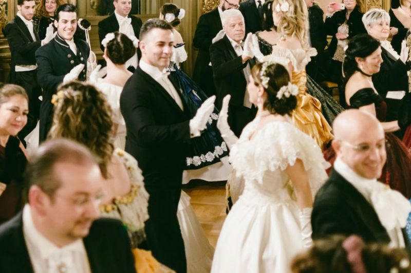 Il Gran Ballo nei palazzi nobiliari sulle orme del Gattopardo