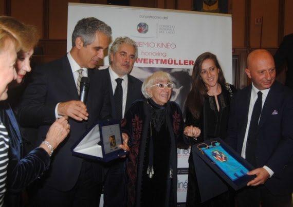 Dopo l'Oscar, anche Roma si inchina a Lina Wertmuller